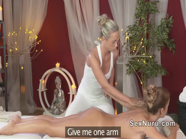 Blonde-lesbians-in-massage-room
