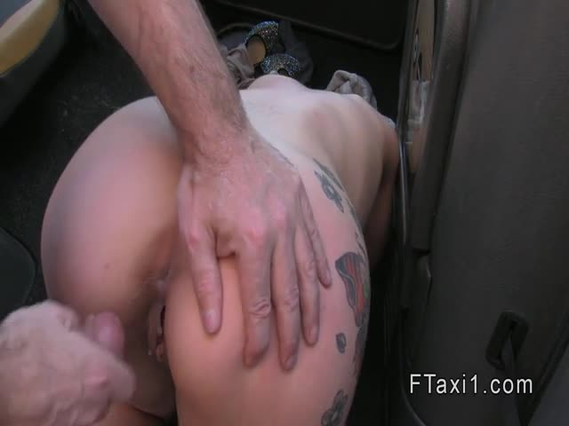 Tattooed-Brit-banged-to-creampie-in-fake-taxi