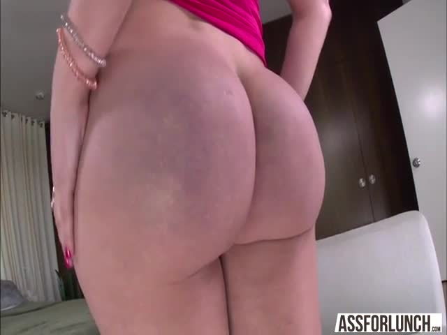 Appealing-pretty-girl-Vanessa-acknowledges-hardcore-doggystyle-