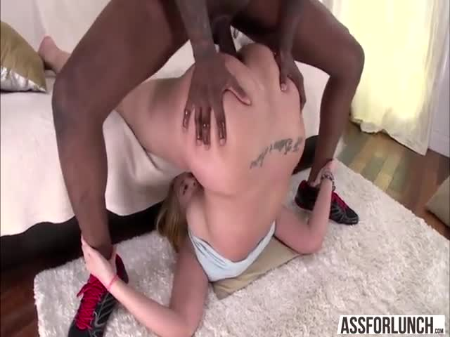 Blonde-damn-babe-Kelly-enjoys-cock-sucking-and-anal-pounding