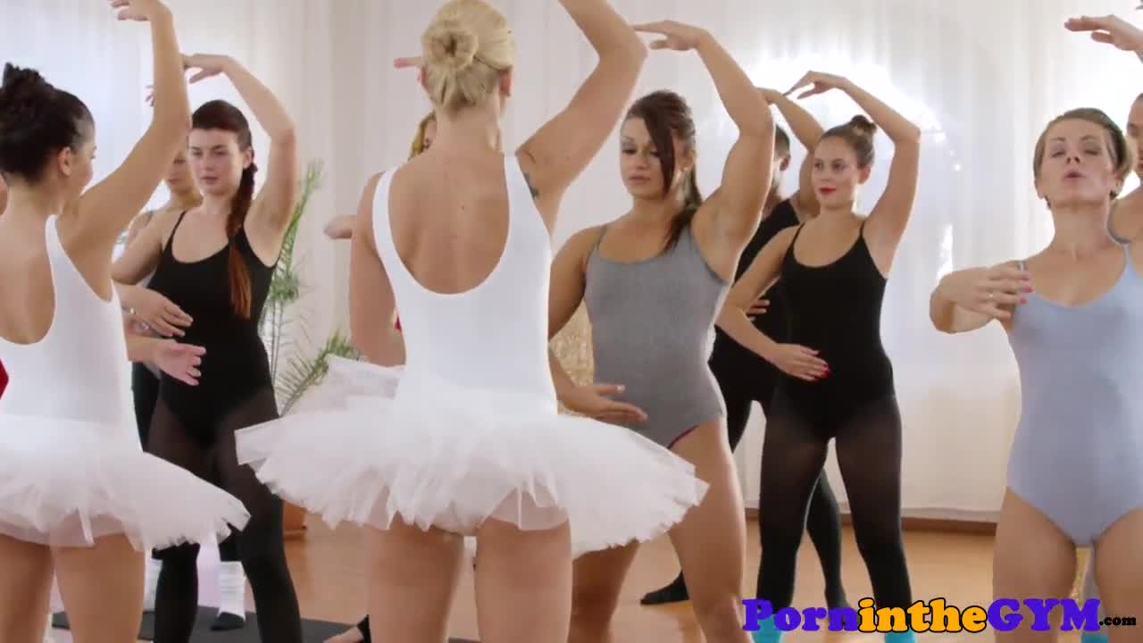 Pussylicked ballet babes cocksucking in trio