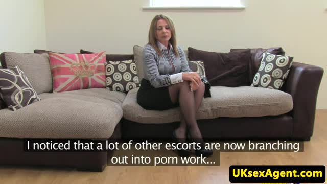 Auditioning-busty-milf-escort-blows-agent
