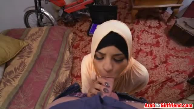 Petite-Arab-girlfriend-with-round-tits-makes-steaming-hot-amateu