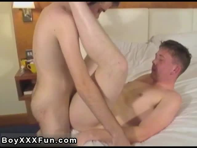 Cute-emo-sex-movietures-Bobby-and-Mason-take-turns-gargling-cock