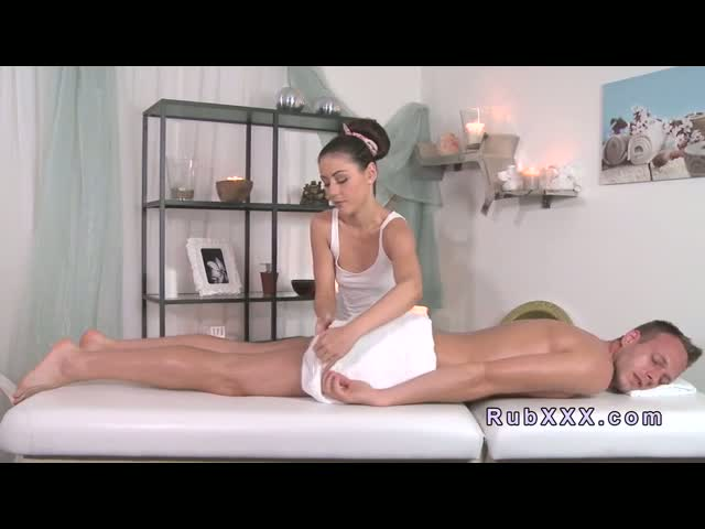 Bare-dude-gets-nuru-massage-and-fuck