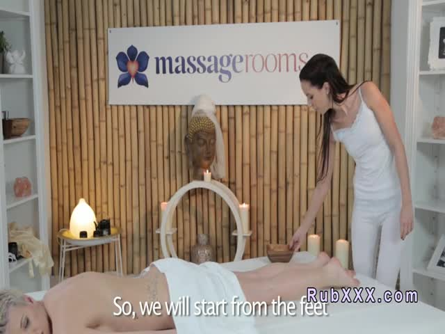 Natural-busty-blonde-gets-massage