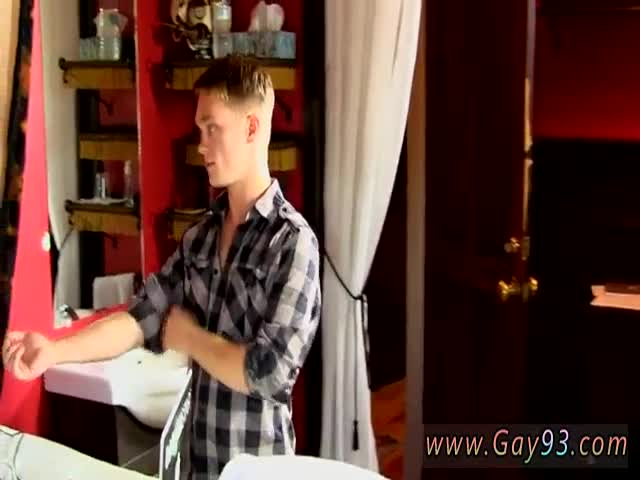 Penis-with-blond-pubes-movies-free-twinks-removing-their-briefs-