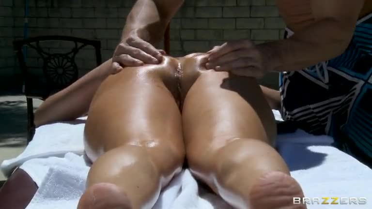 Splish-Splash...-I-Want-Cock-In-My-Vag!
