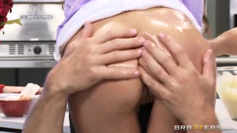 Cock-Easy-Cooking-With-Sindy