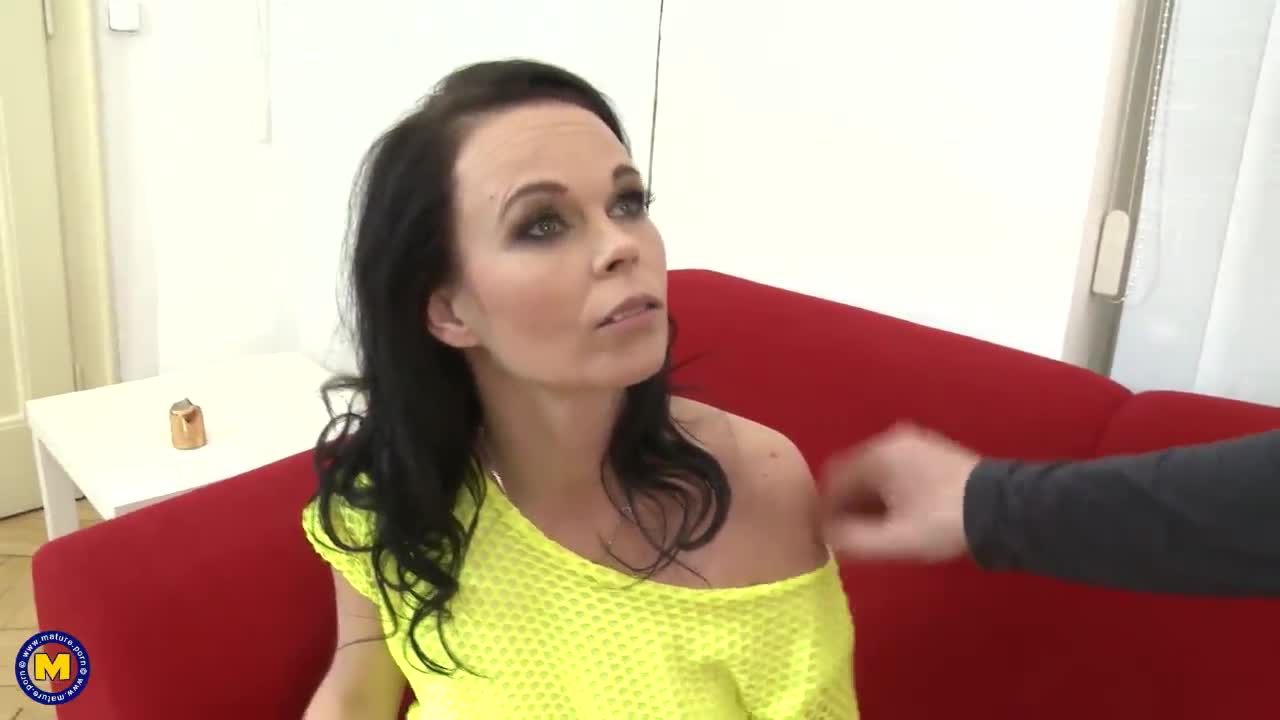 Busty lesbian licking pussy