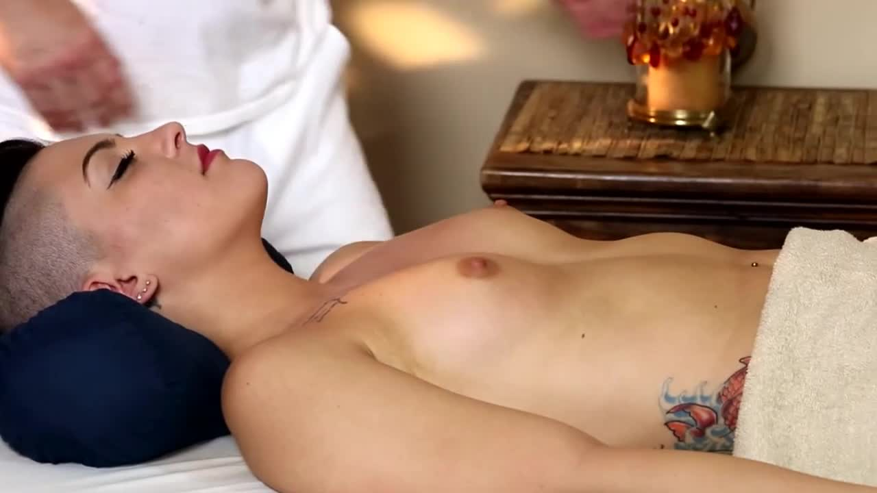 Very-tricky-spa-of-beautiful-masseur-