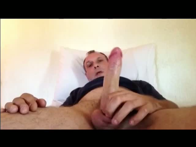 Wanking-and-cumming-close-up
