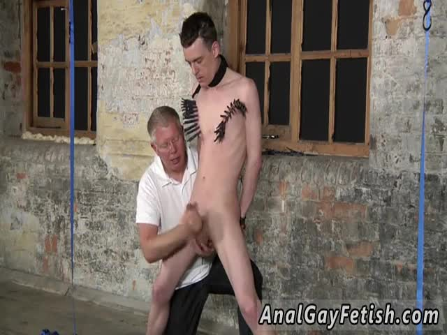 Gay-porn-free-tube-Sean-McKenzie-is-tied-up-and-at-the-grace-of-