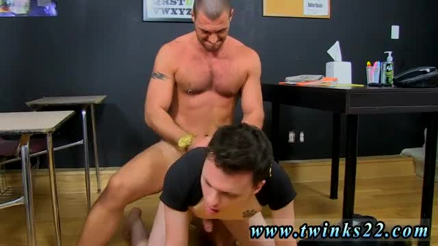 Argentina-gay-porno-sex-The-hunk-gives-in-quickly,-soon-feeding-