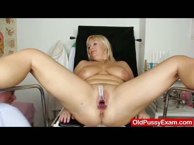Natural-big-tits-Milf-vagina-gyno-clinic-exam