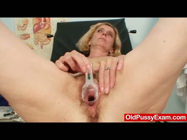 Hairy-pussy-lady-Tamara-embarrassing-doctor-exam