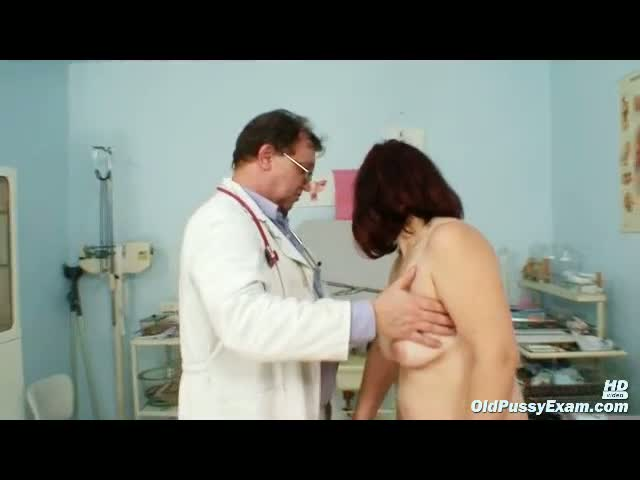 Old-Zita-mature-pussy-speculum-examination-at-bizzare-gyno-clini
