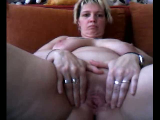 hot-mature-slut