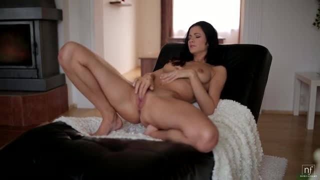 Nubile-Films-Body-Trembling-Experience