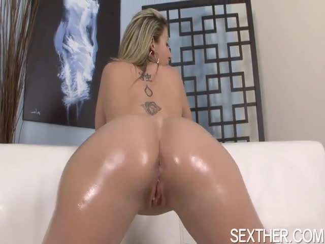Huge-Ass-Sara-Jay-Sucking-Black-Stud