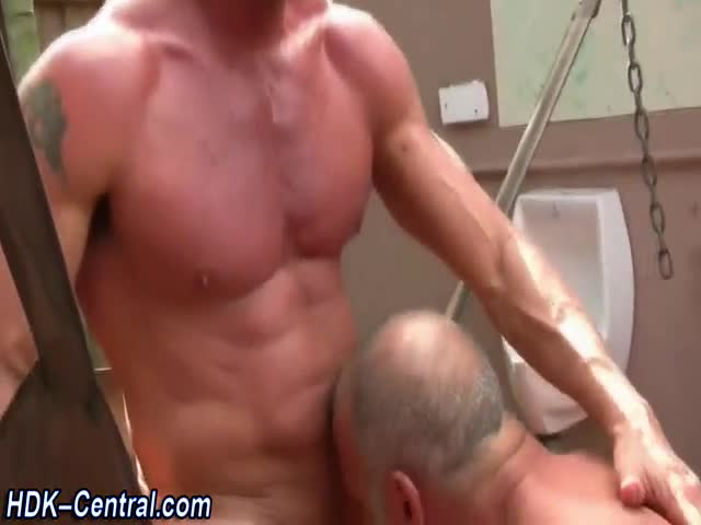 Silver-fox-bareback-fucks