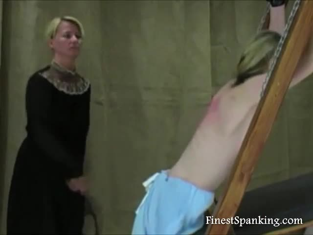 Medieval-Maid&-039-S-Punishing