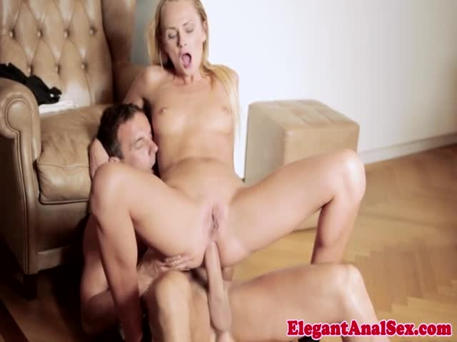 Assfucked-model-rubbing-her-juicy-clit