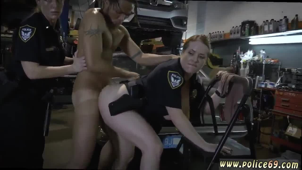 Store owner gets to fuck a hot milf 4