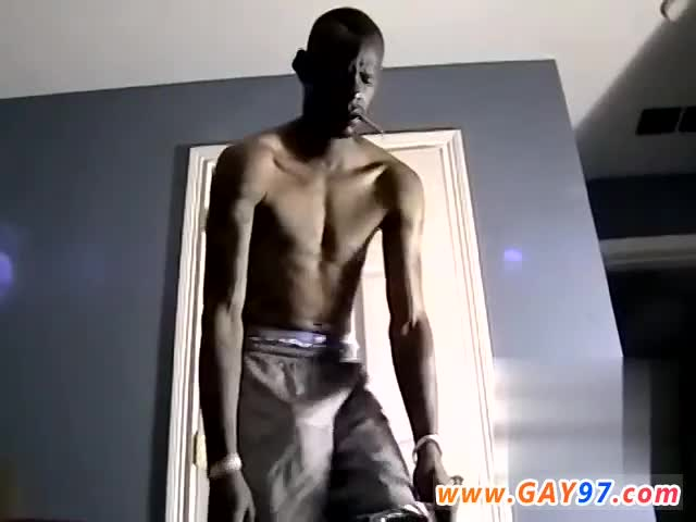 Amateur-gay-college-porn-and-amateur-gay-dirty-underwear-Hung-Bi