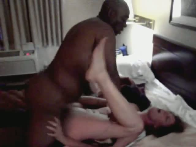 Wife-Goes-Black-