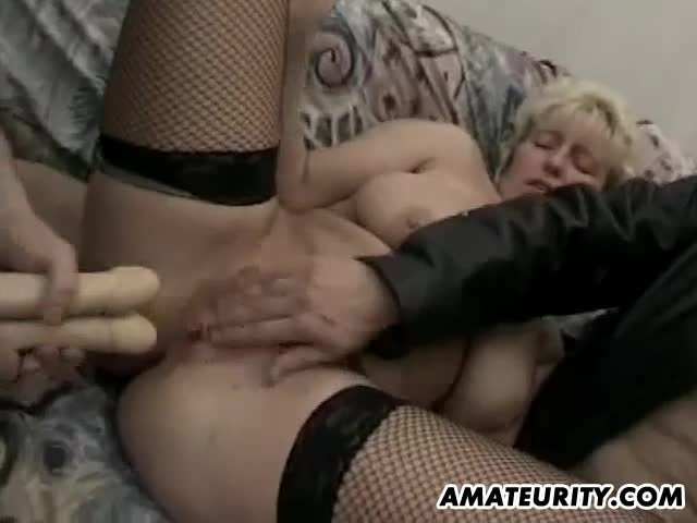 Busty-amateur-Milf-hardcore-threesome-with-facial
