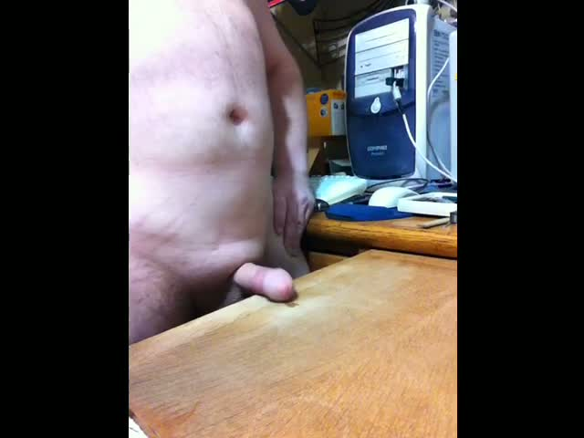 Cock-rubbing-on-desk-to-cum