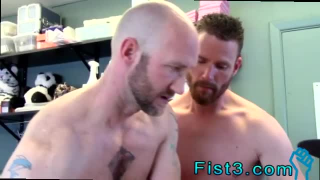 Gay-black-brothers-fucking-bareback-and-indian-romantic-gay-coup