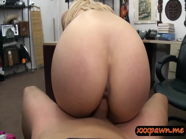Busty-stripper-pawns-her-twat-and-railed