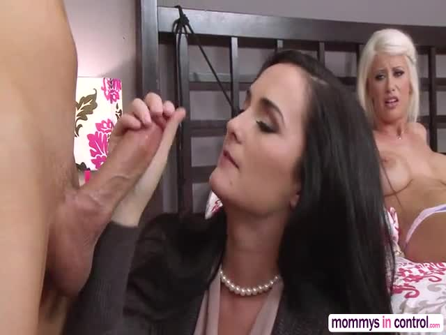 Hot-stepmom-seduces-the-guy-to-fuck-her-instead-of-her-girlfrien