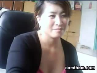 Chinese-Mother-Gets-Caught-Being-Naughty