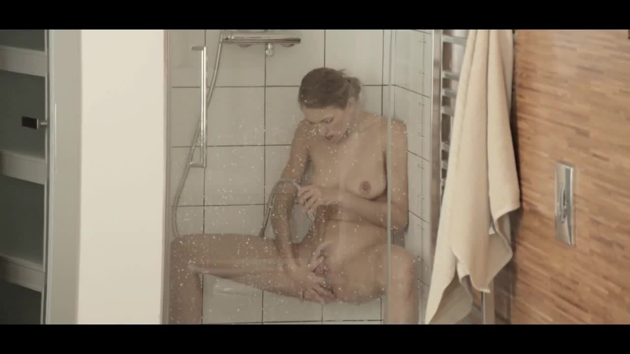 Reaching-orgasm-in-the-adorable-shower