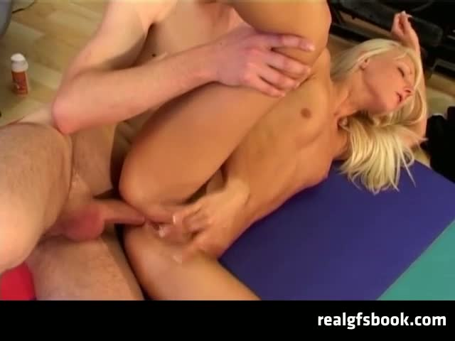 Blonde-Teen-Anal-Fucked