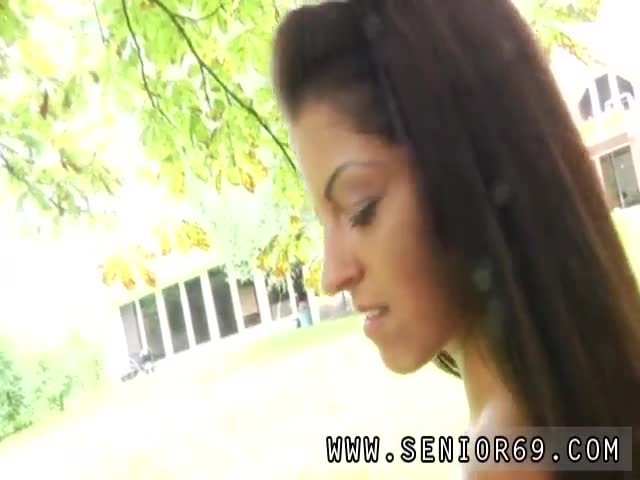 Bbc-ebony-hardcore-Vivien-meets-Hugo-in-the-park-and-can&-039-t-