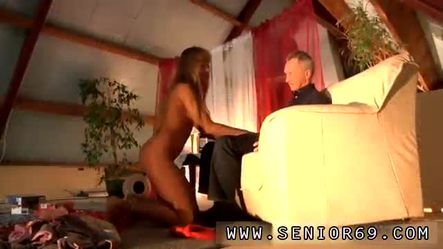 Interracial-cuckold-sessions-and-cuckold-orgy-Lisa,-Pauls-fresh