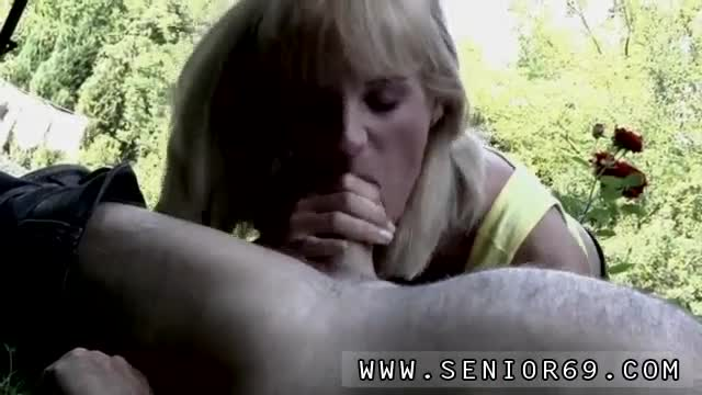 Old-teacher-gets-blowjob-But-alas-the-damsel-is-hopeless-at-the-