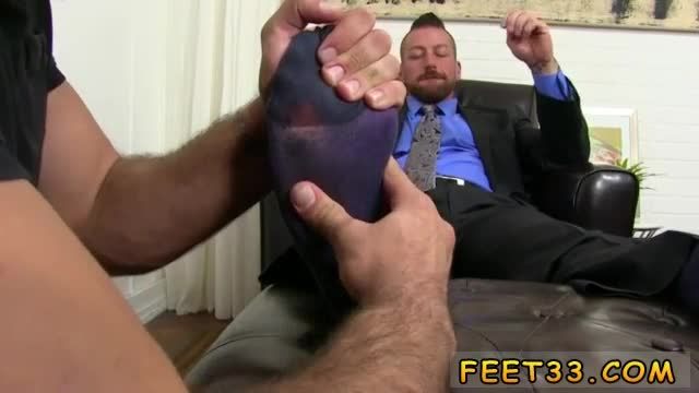 Feet-boys-video-free-and-sucking-toes-while-fucking-on-back-gay-