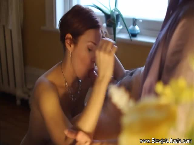 Incredibly-Gorgeous-Redhead-Erotic-Blowjob