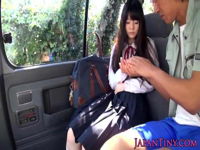 Tiny-Japanese-schoolgirl-mouth-fucked-in-car
