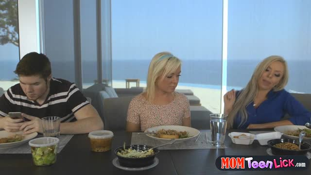Mom-eats-out-teen-girlfriends-pussy-during-family-lunch