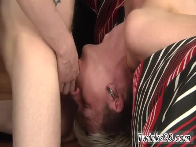 Sexy-men-pussy-licking-Kale-Gets-A-Delicious-Facial!