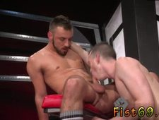 Fisted trailer anal gay Sub fucky fucky pig Axel Abysse crawls on hands