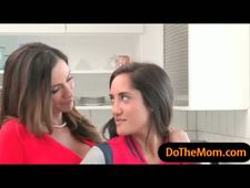 Stepmom Ariella Ferrera shared cock with teen Chloe Amour