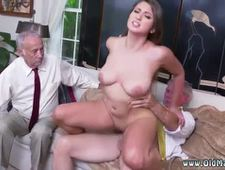 Old amateur After getting to know the boys better she impresses even